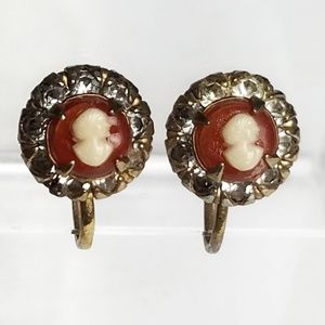 1940's Vargas Cameo Screw Back Earrings Vintage